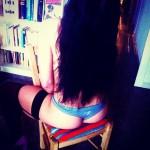 En_esta_estanter_a_hay_muchos_libros_____busca__1001fantasias_