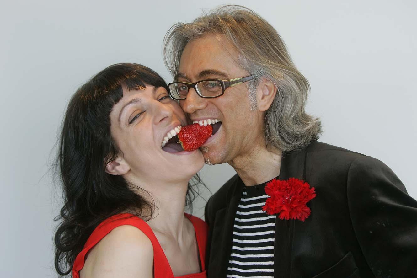Entrevista a TV Sant Cugat a Roser Amills i Víctor Amela per 'Paraules d'amor', per Mònica Ortiz