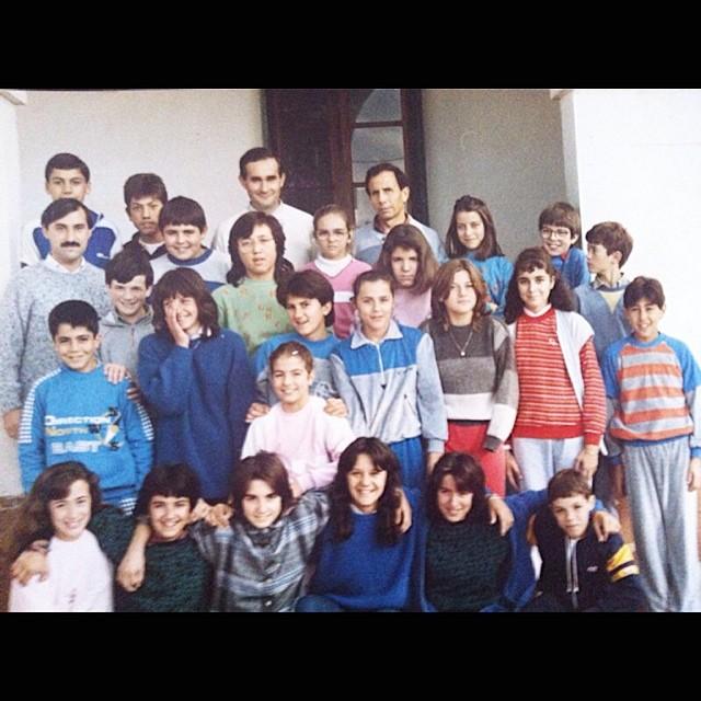 roser amills foto del colegio de niña algaida