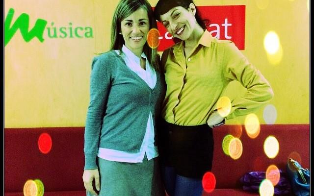 Ahir vespre a @catalunyaradio va ser un plaer compartir programa amb @emmaribas ;))