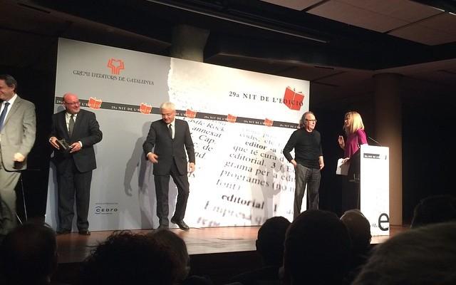 El gran Joan Manuel Serrat recull el Premi Atlàntida 2014 #nitdeledicio2014