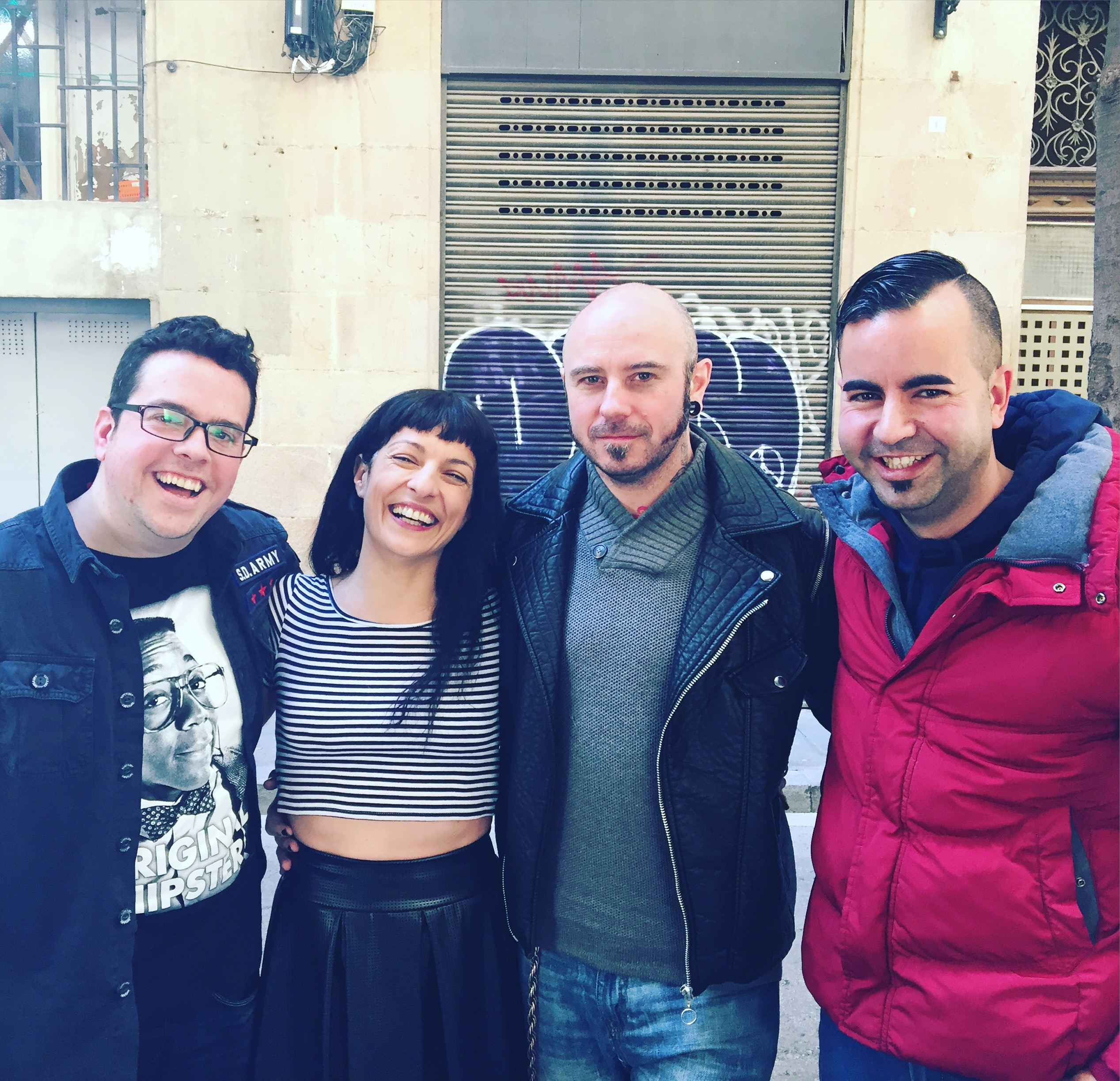 Ei, que hemos entrevistado a Luis Pardo hoy en scannerFM Los Danko a Mil y nos ha hipnotizado a los tres :))