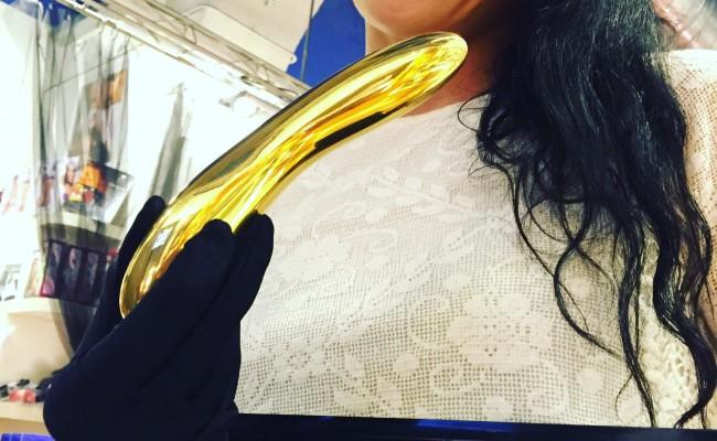 Este #vibrador es de oro macizo ;)) #lelo #lovestopbcn