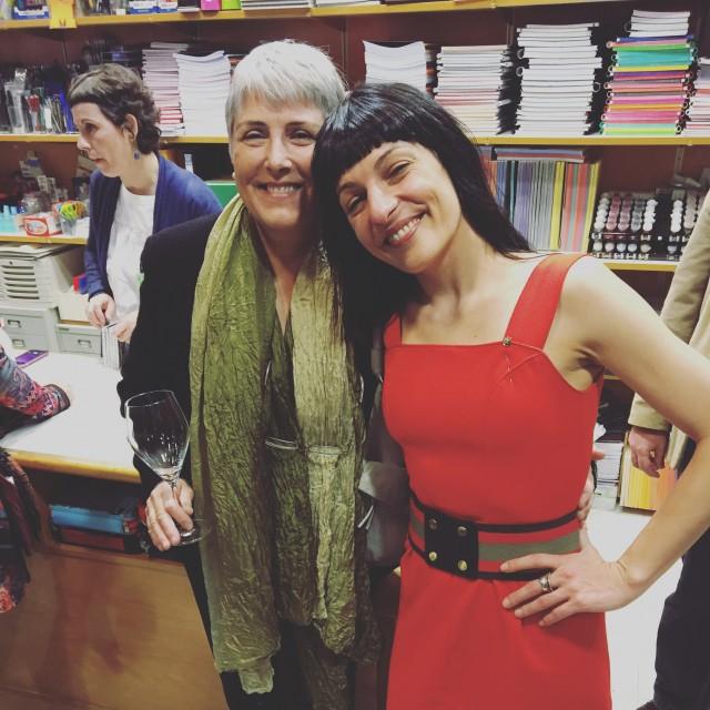 Roser Amills a la llibreria el cucut