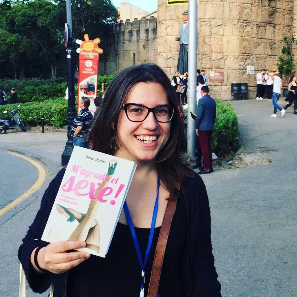 Bonica @laiatorello amb #magradaelsexe Gràcies!! #llibres #libro #books #bookshop #libreria #llibreria #bestseller #leermola #leeressexy #lecturas #booklover #bookstagram #cultura #regalalibros #regalallibres #barcelonainspira