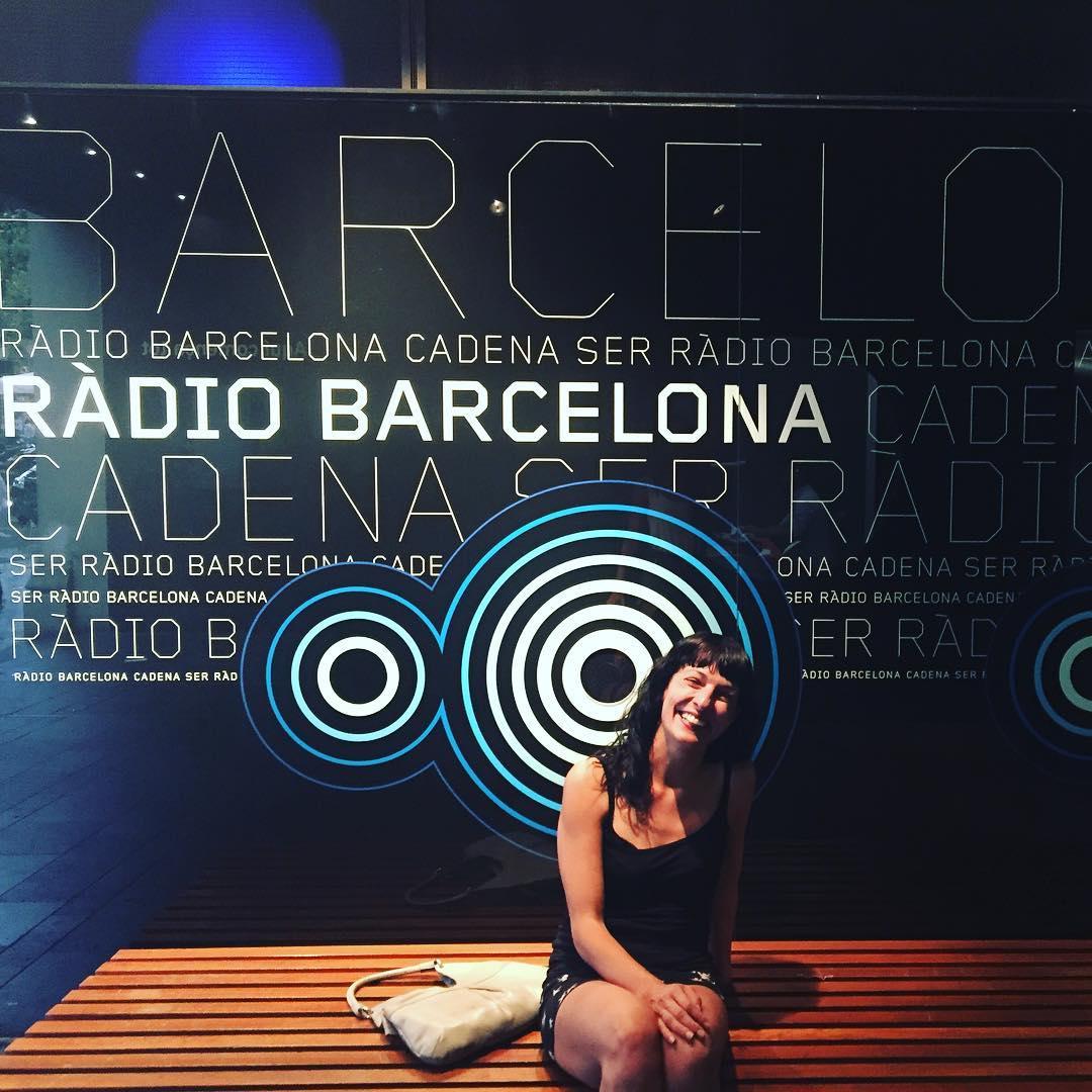 Me gusta #radiobarcelona me gusta @la_ser y @lanit31416 es lo más :))