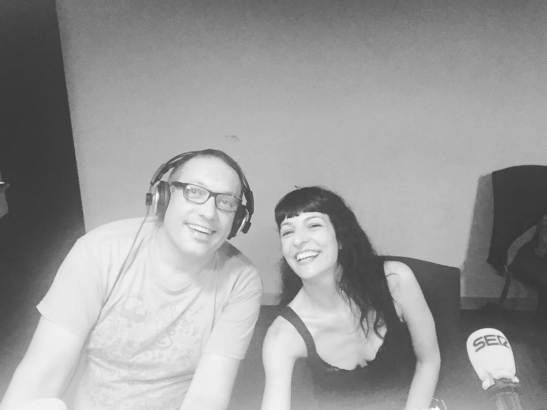 Con el divertidísimo José María Ferraz la radio es mejor en @lanit31416 ;))