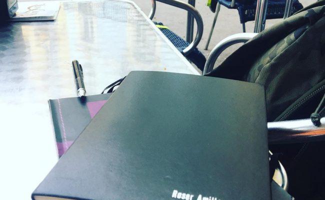 En #santjordi2016 los de @lacentral_llibreria me regalaron este cuaderno: ha sido para notas #novela2017