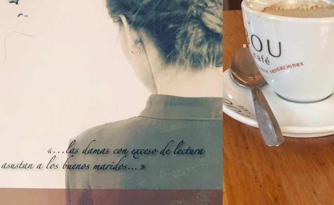 Un café, un libro, un fin de semana-puente muy largo…