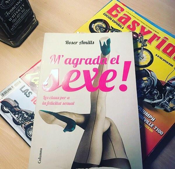 Victor Maciel ya tiene su libro para practicar catalán y lo que surja #magradaelsexe :))