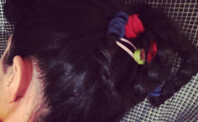 -¿Te vas a dormir con esas coletas raras? -Sí, ¿por qué no? ☺ . #buenasnoches #bonanit