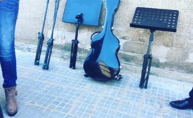 Esta noche hay concierto en @espaisvida ;))