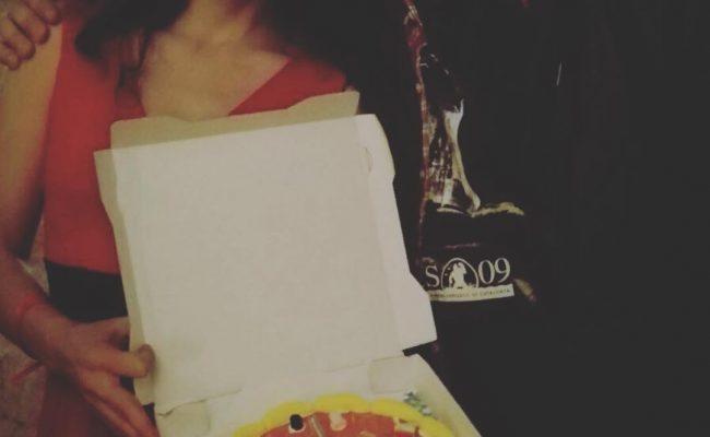 El #souvenir de #topvodafoneone ha sido una pizza de chuches :))