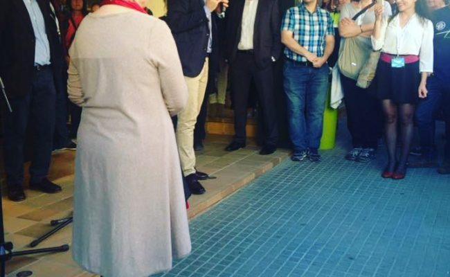 Vau veure el vídeo en directe que vaig fer de la presentació del @santivila del #berenarliterari de @elcucutllibre 2017?