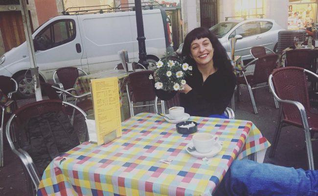 Regalad flores vivas este #santjordi2017 A mí me encantan las #margaritas de @afromarc86 ;))
