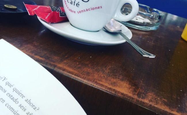 Café & libro #coffee