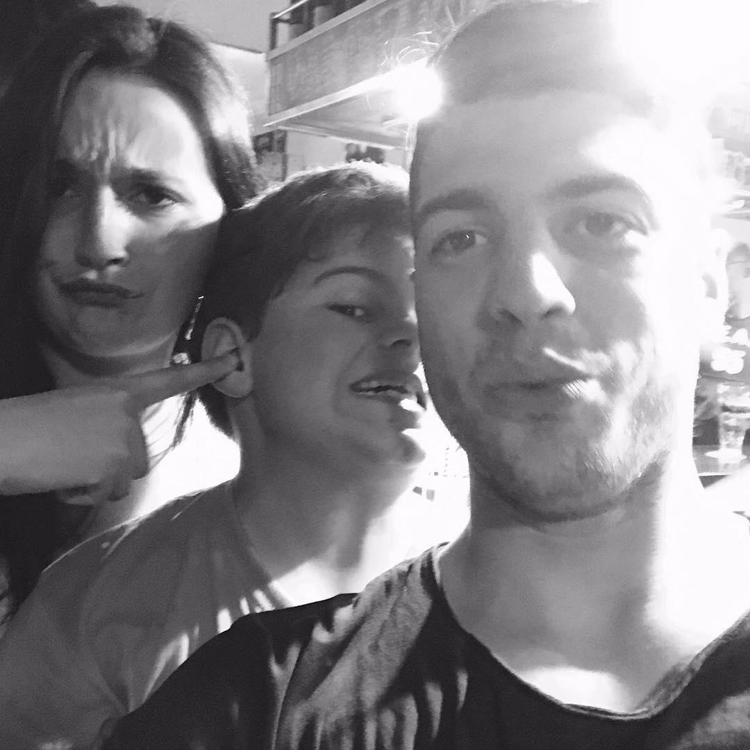 Roser Amills dos hijos y súper @claudiagarri !!!
