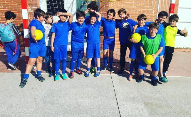Hoy tenemos partido de #futbol :))