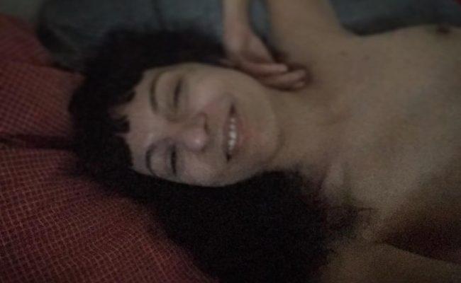 Dormir bien es despertar descansada y feliz mucho antes del ring-ring del despertador ;))