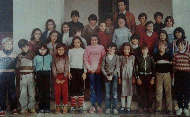 Soy la de los calcetines blancos ;)) #algaida #mallorca #colegio #findecurso