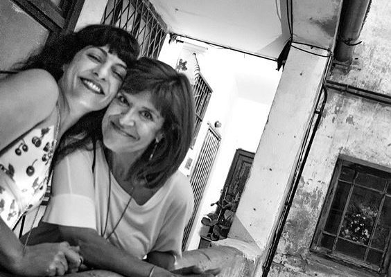 Ayer Xulio Ricardo Trigo fotografió así el encuentro con Coia Valls en la fiesta de @comanegra