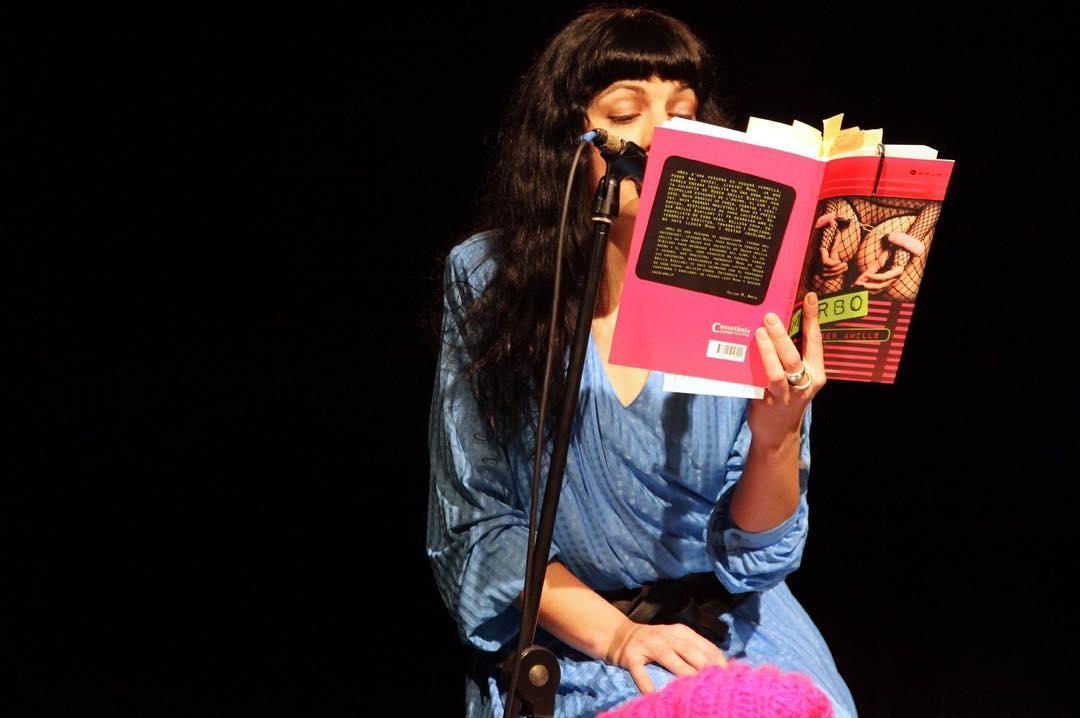 Felicidades #almasbonitas !!!... ¡hoy es el día mundial de los amantes de los libros! ¡Habrá que celebrarlo! #BookLoversDay