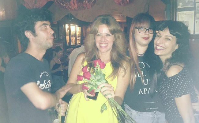 ¿Por qué @vanessa_hogarth tiene todas las rosas 😜@colorsofshadow ?