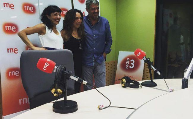 Com hem rigut avui a #anemdetarda! Gràcies @goyoprados per un programa tan optimista i per portar l' @annabertran ;))