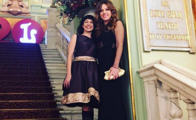 Una alegría coincidir con @vanessa_hogarth en la Inauguración de temporada en @liceu_opera_barcelona Mi vestido es @ottovanrhuskbcn y el suyo @pilaroporto #unballoliceu