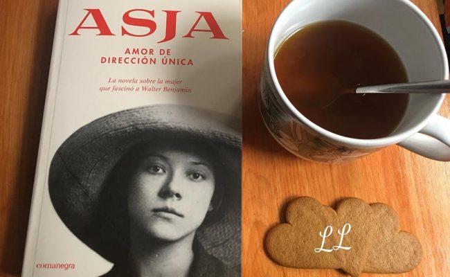 Hoy #asjalacis ha tenido el honor de desayunar con @locuradelibros :)) #repost: Descubriendo #nuevaslecturas #nuevosautores😍 #ASJA #AsjaAmorDeDireccionUnica #roseramills @Comanegra #MeGustaYMucho