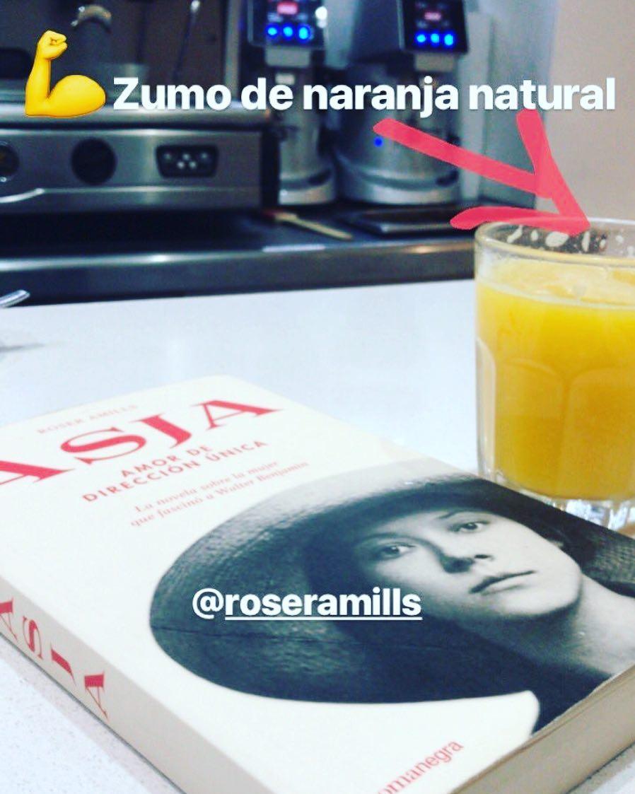 Gracias @annabel.arcos por desayunar con #asjalacis & #walterbenjamin 📚😍