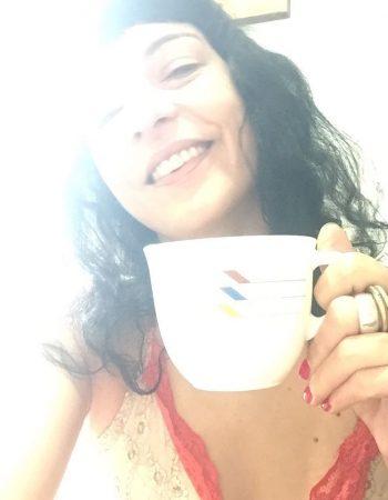 Alguien más quiere café?