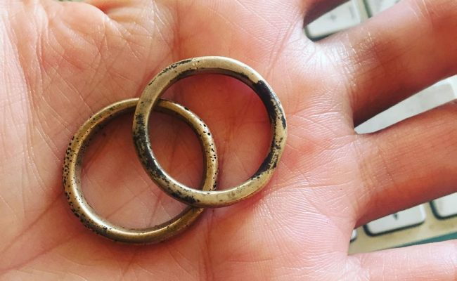 Los dos anillos de la fuerza os saludan, #almasbonitas ;))