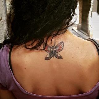 Mi único tatuaje. Por azar. No tenía planes de tatuarme, pero en 2009, en pleno último #breadandbutter en Barcelona, el gran @brass305 me regaló estas alas :))