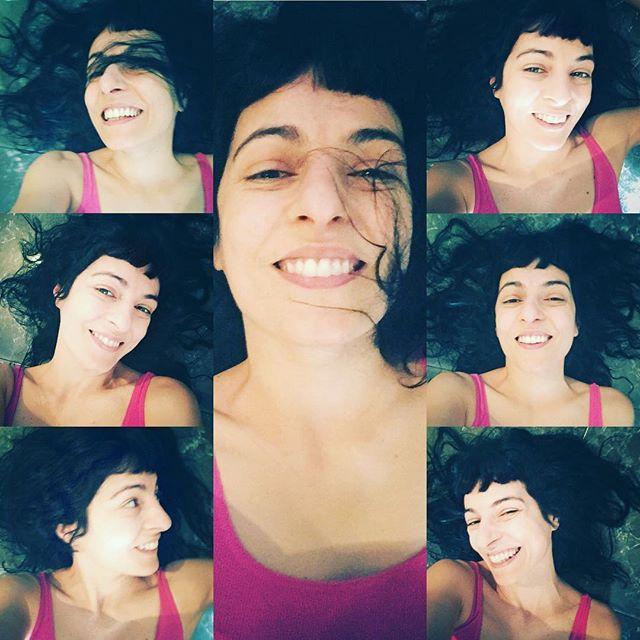 """""""Mereces un amor que te quiera despeinada, con todo y las razones que te levantan de prisa…"""" #FridaKahlo"""