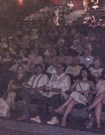Teatre ple pel recital final @festival_poesart Artà #PoésArt2018 #poesia #festivaldepoesia #poetry #poetryfestival #talentib #arta  #mallorca #summer #estiu #poetrylovers #poetrygram #poetryisnotdead #poetryislove [foto de @yvesuag 💕]