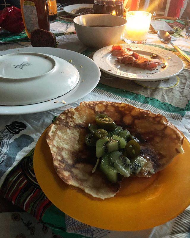 #Crepes de @yvesuag & #family Atención, que la mía es de kiwi, miel y #jalapeños ;))