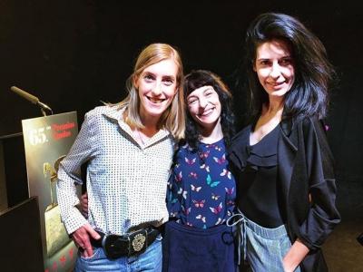 Los @Premios_Ondas de @La_SER llenan el sector de alegría, ved los efectos #postruedadeprensa con las bellas y brillantes Ariadna Gine y Marta Delcor :)) #ondas2018