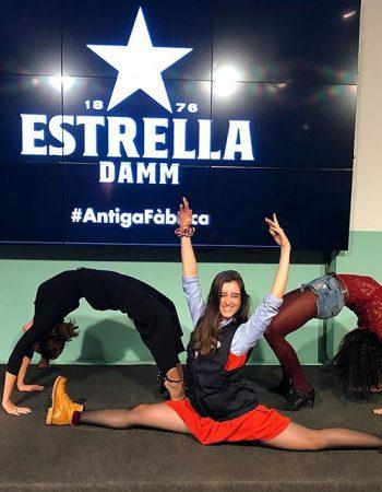 La #m4ctribute ha ido tan bien que con @annabertran y @laura_aznar_grau lo celebramos en @estrelladamm [sesión con @soy_athenea ]