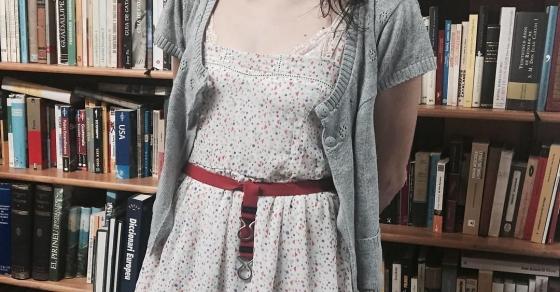 """Roser amills a la llibreria Taifa del carrer Verdi, 12 demà tindran 20 exemplars de """"Asja"""" per a qui el vulgui ;)) #regalallibres #cumpleamills #asjalacis & #walterbenjamin #barridegracia [foto de @albertocalaf ]"""