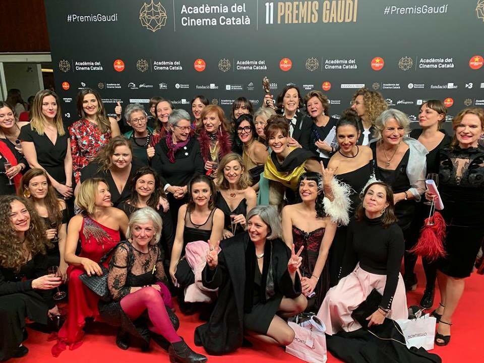 Al final de los #premiosgaudi #premiosgaudi2019 nos hicimos esta preciosa foto de grupo!