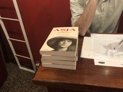 Con Norma Cano en Maldà Teatre listas para #akelarre de The Feliuettes