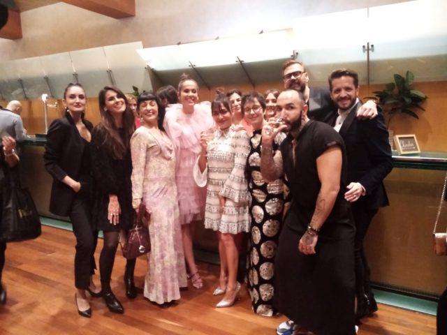 Gala de los Premios Ondas 2019, Roser Amills en el Foyer del Liceu con Las Pepitas BCN, Marta Escalante, Candela Peña, Adria Bas